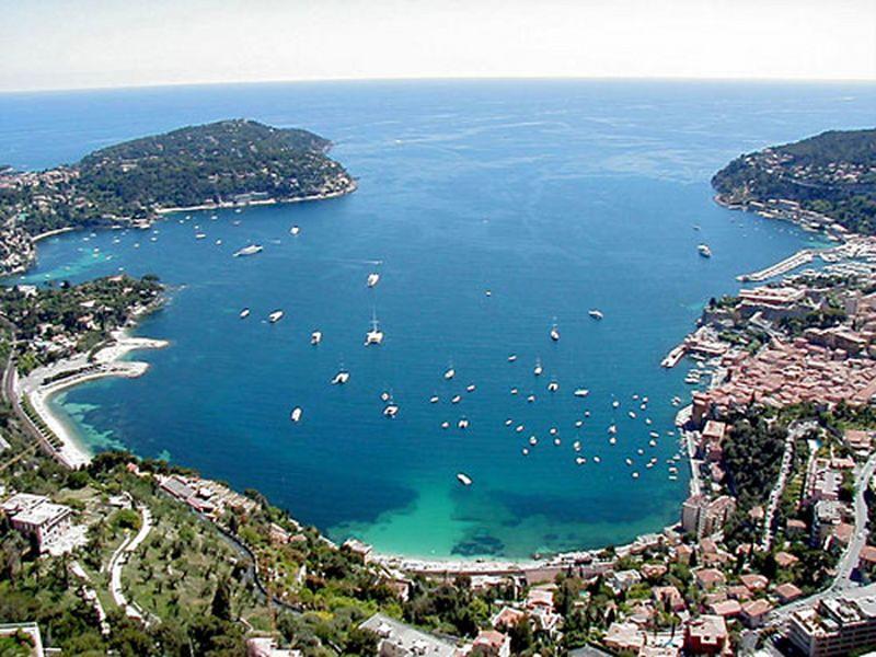 D couvrir la ville de villefranche sur mer aventures sur - Piscine de villefranche ...